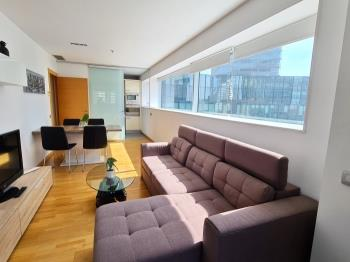 Fira Gran Via 14A - Apartment in Hospitalet de Llobregat